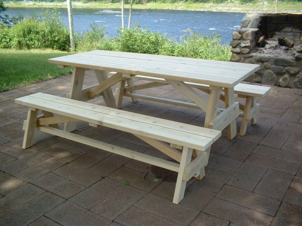 cedar picnic table